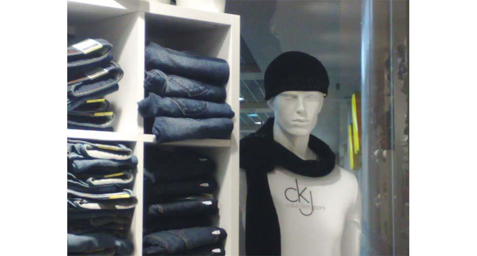 mannequin-allestimeno-abbigliamento-web