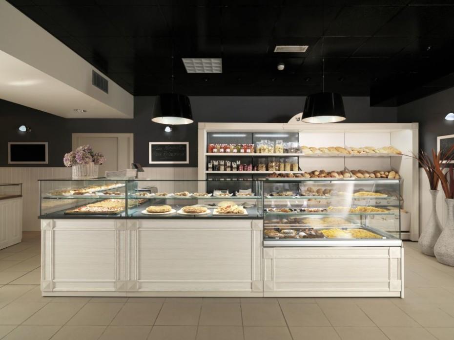 Una panetteria con arredi moderni acheo design for Arredamento panetteria