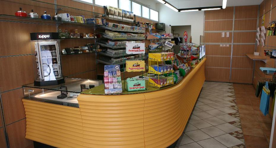 17-Arredamento-Tabaccherie-Piemonte-Torino